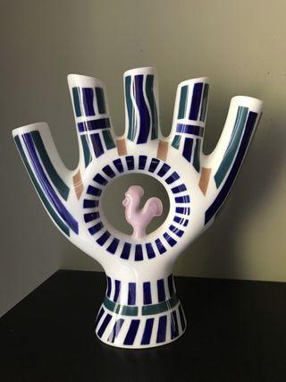 Figura cinco dedos sargadelos