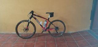 Specialized Stumpjumper. Bicicleta de Montaña.