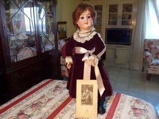 Muñeca antigua porcelana Aich Menzel & Co. 1900'