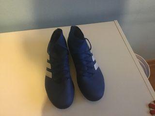 Botas de fútbol Adidas nemeziz talla 40