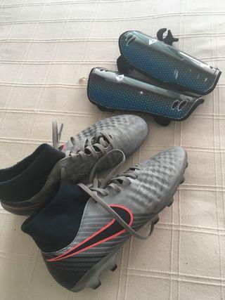 Botas de futbol de tacos para cesped artificial