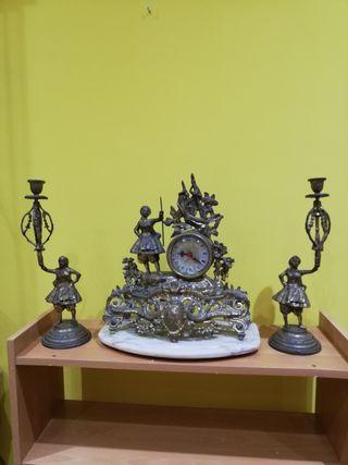 Figuras muy antiguas de bronce