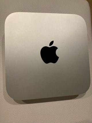 Apple Mac mini, mando y adaptador