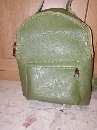 mochila verde juvenil