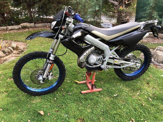 Ciclomotor Derbi senda drd 50cc 2 tiempos