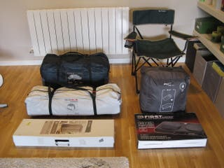 Tienda y kit completo de acampada