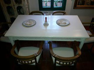 Mesa grande comedor.