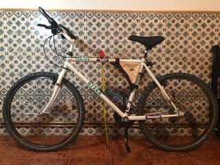 """Bicicleta Otero Camino. Talla M. Rueda 26"""""""