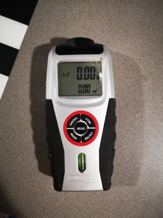 Medidor láser y ultrasónico