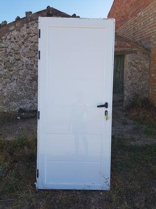 Puerta exterior barata