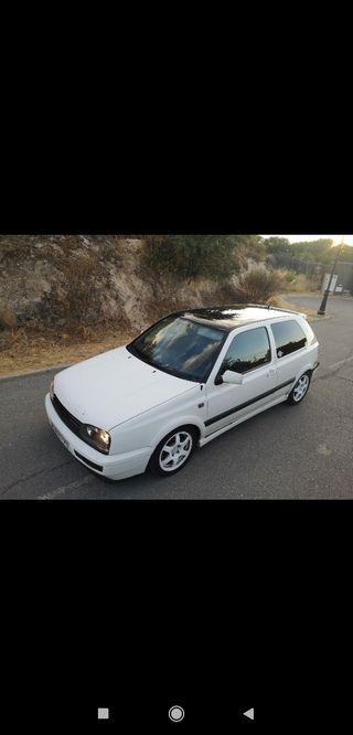 Volkswagen Golf vr6 2.8 o cambio por Aprilia RS 125 2t