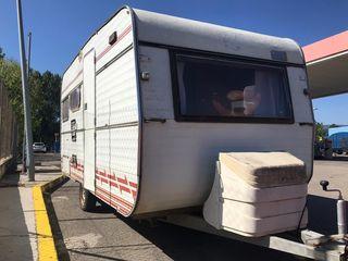 caravana benimar 4 plazas -750kg