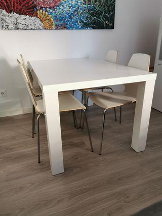 Mesa comedor + 4 sillas Ikea