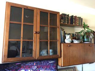 Vitrina, mueble bar y estante de salón