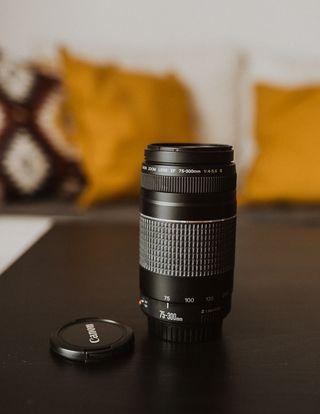Objetivo Canon EF 75-300mm f/4.0-5.6