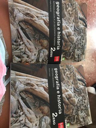 2 libros geografía e historia 2ESO SM