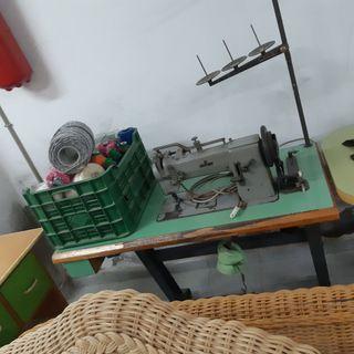 máquinas de coser ADLER