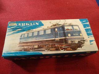 Locomotora Marklin 3037. Funciona