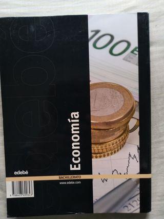 libro de Economía primero de bachillerato.