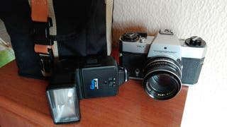 Cámara fotos analógica y Hitachi 8 mm