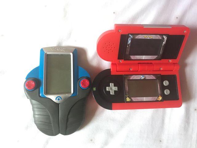Dos consolas pokemon