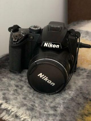 Camara Nikon Coolpix P500
