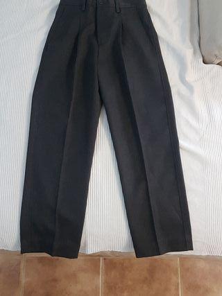 Pantalón uniforme colegio