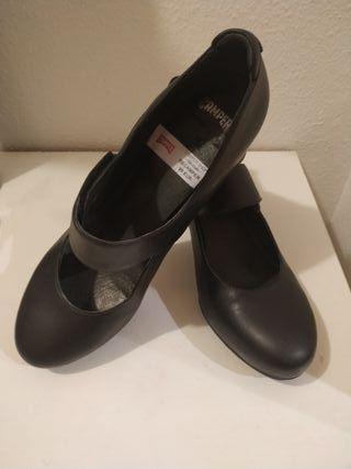 Zapatos de piel CAMPER T. 37 de segunda mano por 50 € en
