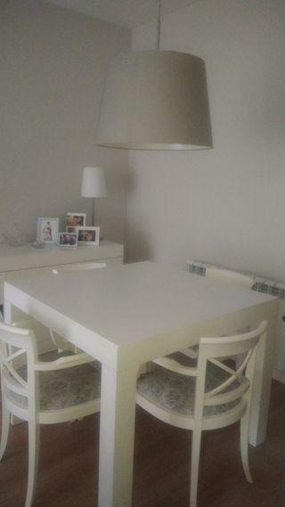 Mesa comedor blanca maciza 1mx1m