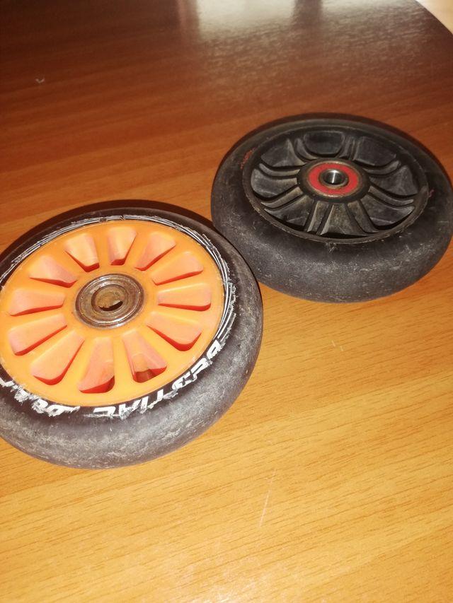 2 ruedas de patinete (scooter)
