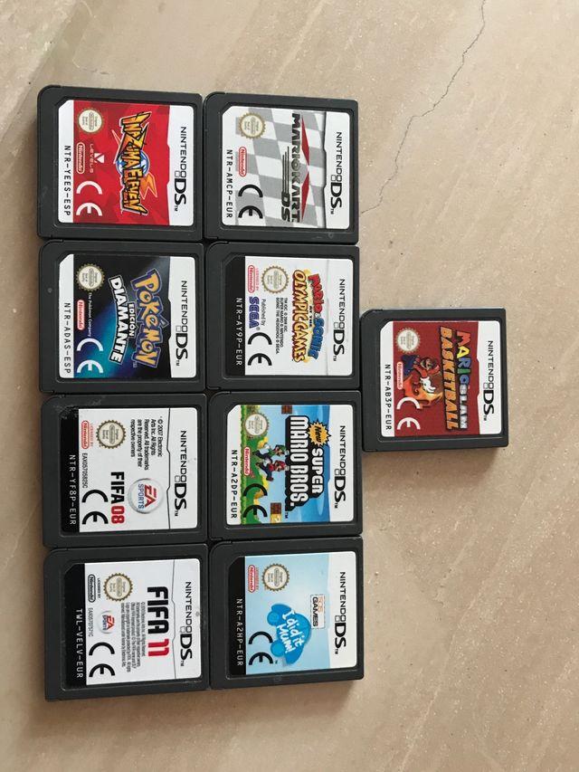 Nintendo 2DS + 9 juegos para la consola