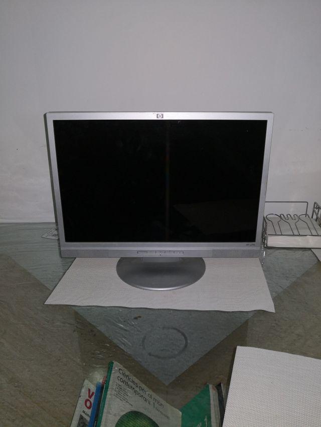 "monitor 19"""