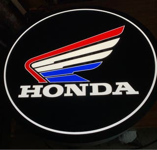 Rotulo luminoso Honda.