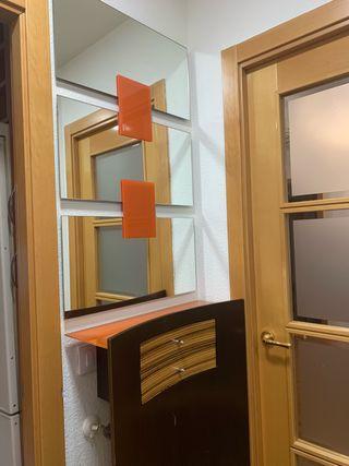 Mueble entrada/cubre radiador con espejo