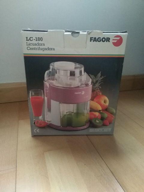 Licuadora marca Fagor Lc-180