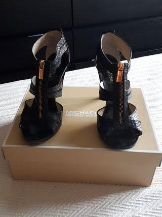 Michael Kors sandalias, talla 8M, EU 39