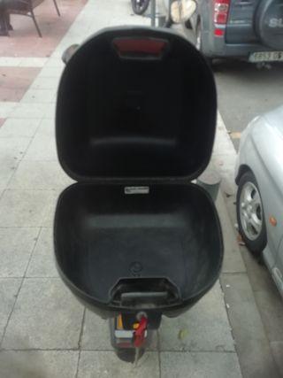 Baúl Para Moto Givi Compac