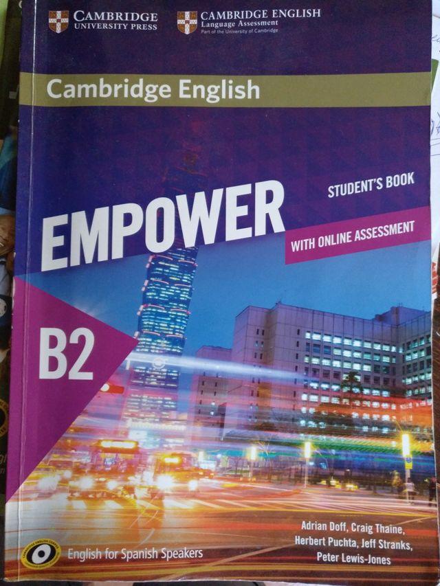 Libro Inglés. Empower B2.2 EOI. Ed Cambrige 2016.