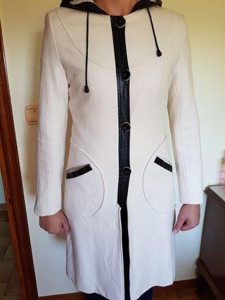 Abrigo largo blanco