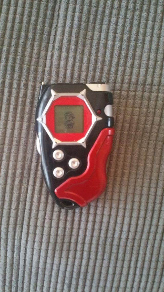 Digivice rojo Digimon Bandai 2002