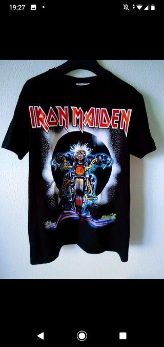 camiseta Iron Maiden nueva