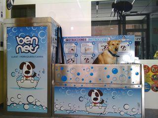Se vende máquina de autolavado para mascotas