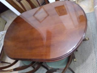 Mesa clásica madera de nogal