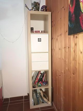 estanteria color madera y blanca + cajones+ puerta