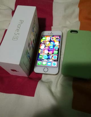 iPhone 5S 16GB gold seminuevo impecable y extras