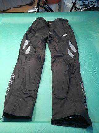 Pantalón moto marca REVIT talla S