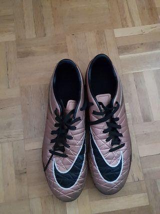 botas de futbol 11