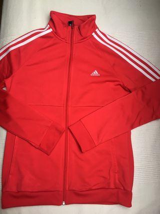 super popular 16ee0 2dd3c Chaqueta Adidas mujer de segunda mano en Getafe en WALLAPOP