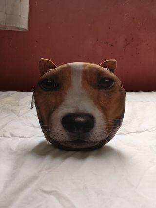 Bolso con cara de perro