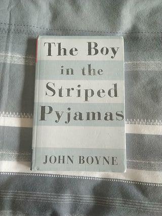 El niño del pijama de rayas libro en ingles